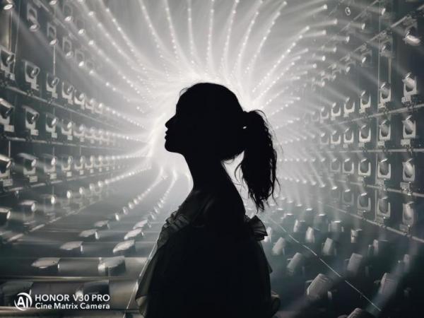 榮耀×teamLab無界上海美術館主題日活動,掀起5G社交影像風潮